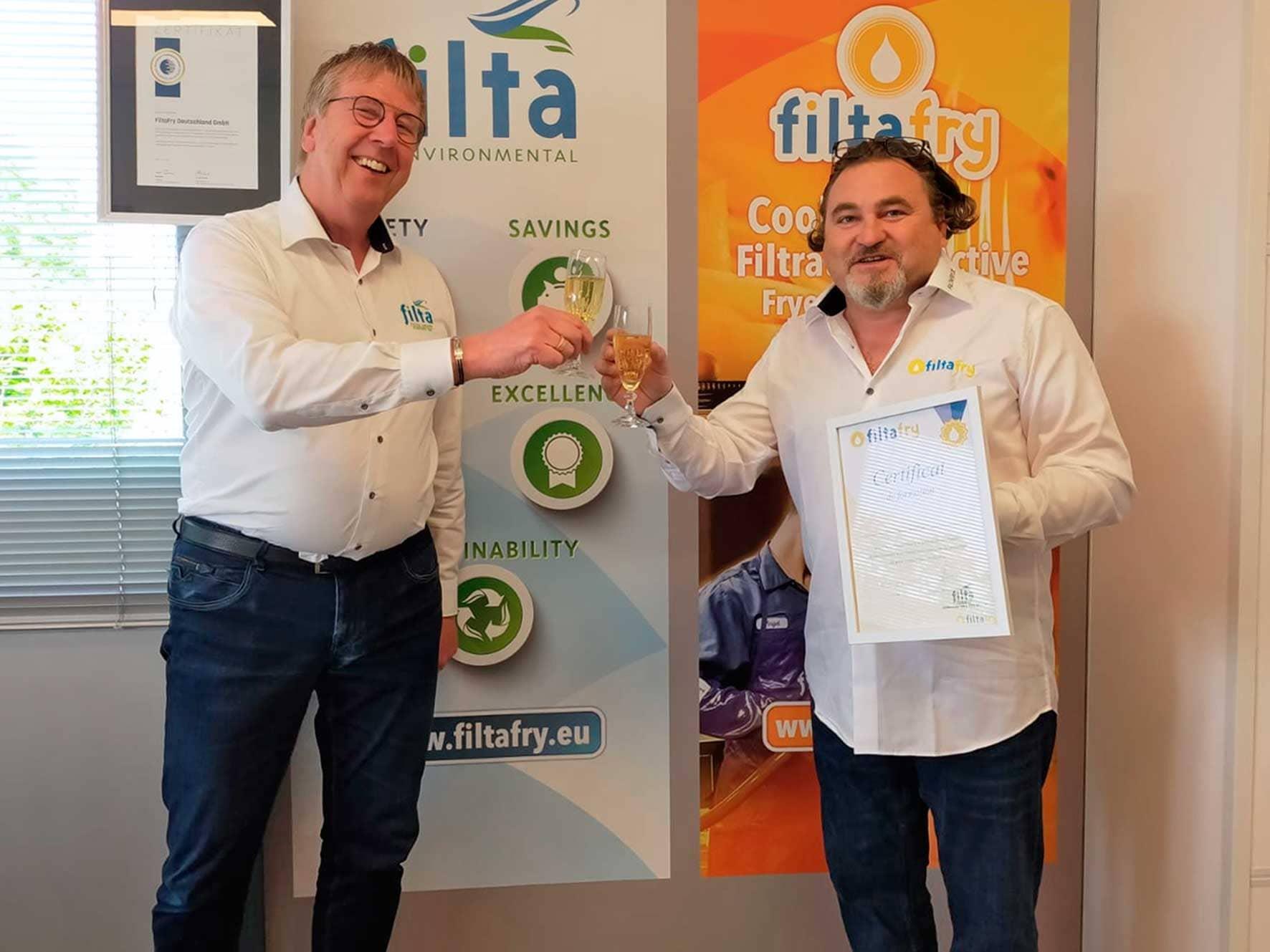 Jérôme Clement startet als erster Filta-Franchisepartner Frankreichs in Lyon und Umgebung mit dem mobilen Fritteusen-, Öl- und Fettmanagement